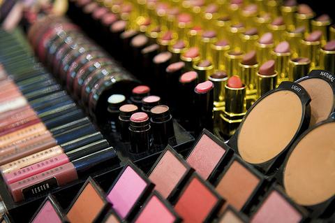 شراء Produits cosmétiques